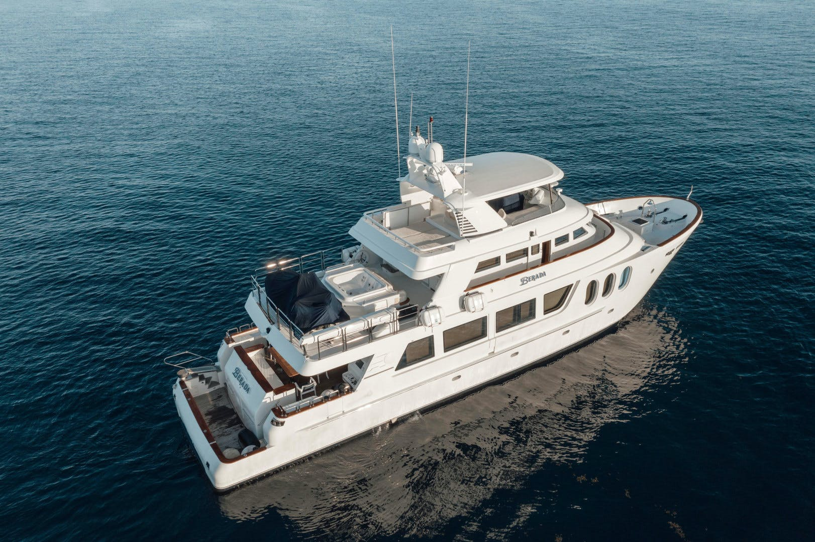 2007 MCP 98' Tri-Deck Berada | Picture 3 of 59
