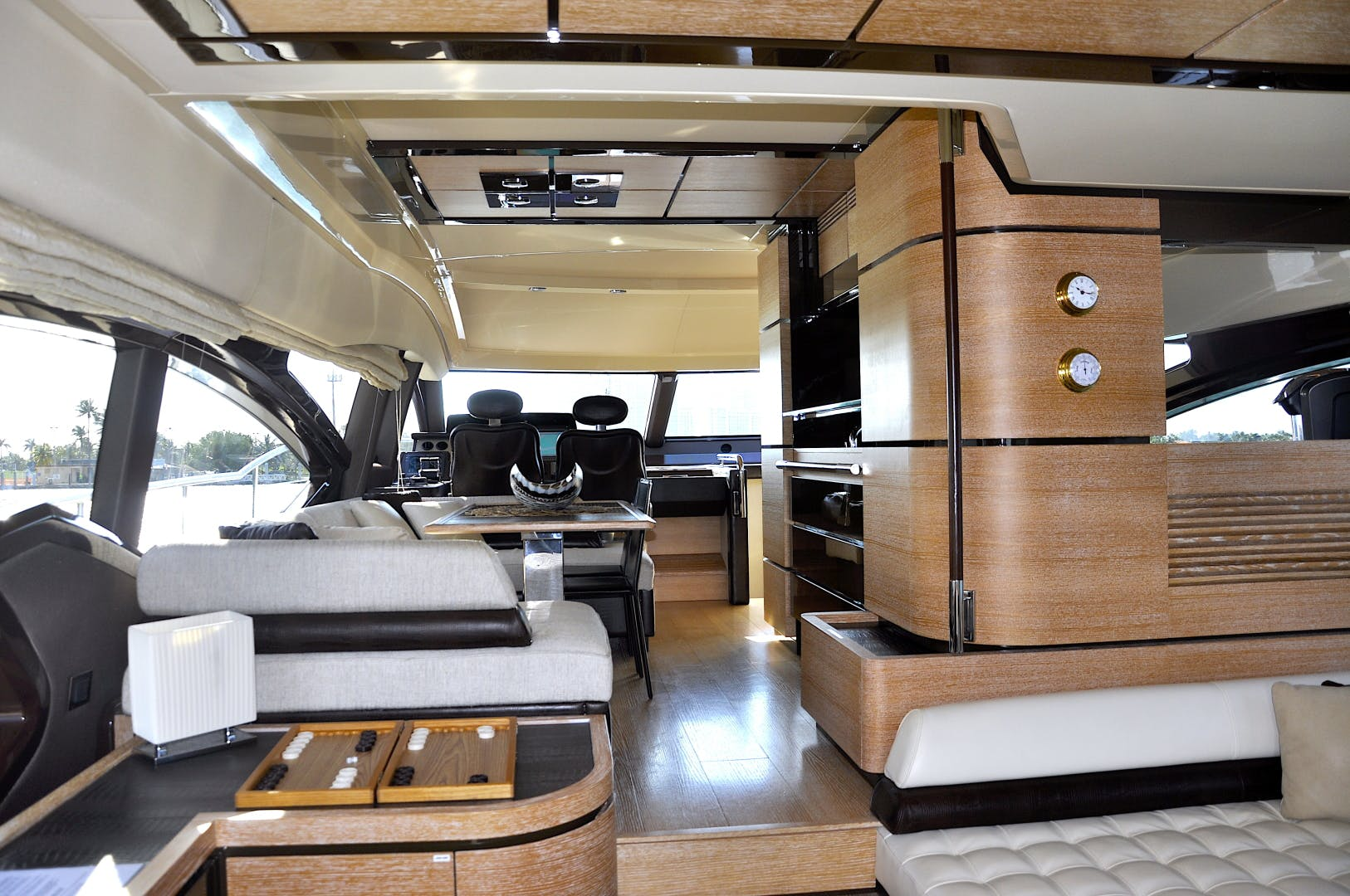 2012 Azimut 70' 70 Flybridge PRIVATE RESERVE   Picture 7 of 32