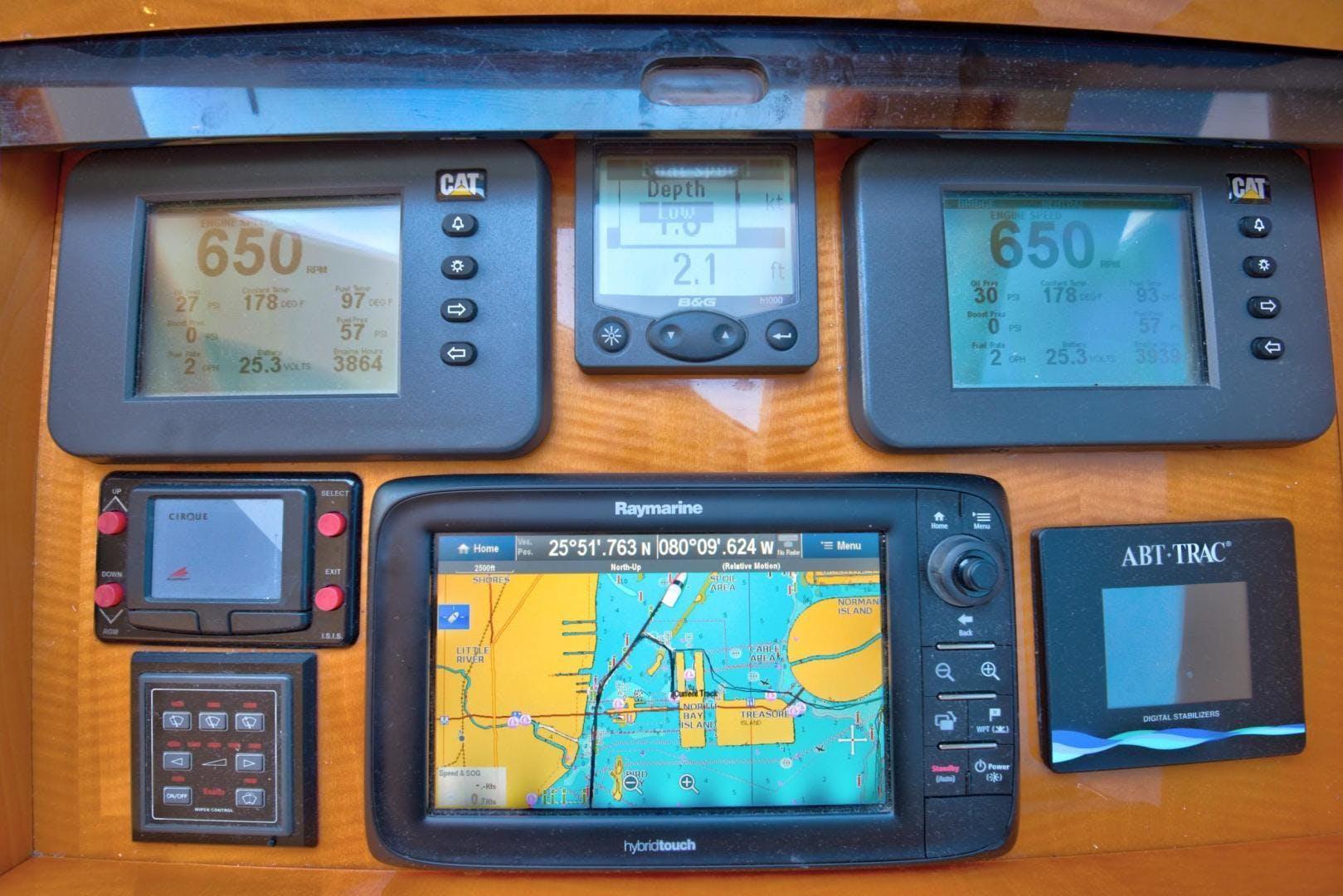 2007 Lazzara 84' Open Bridge Hard Top CHIP | Picture 6 of 78