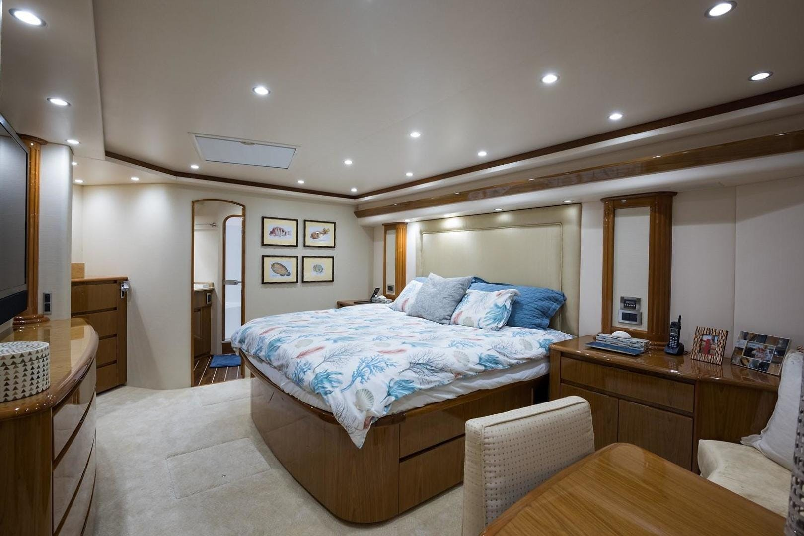 2013 Viking 82' Enclosed No Name 82 | Picture 3 of 76