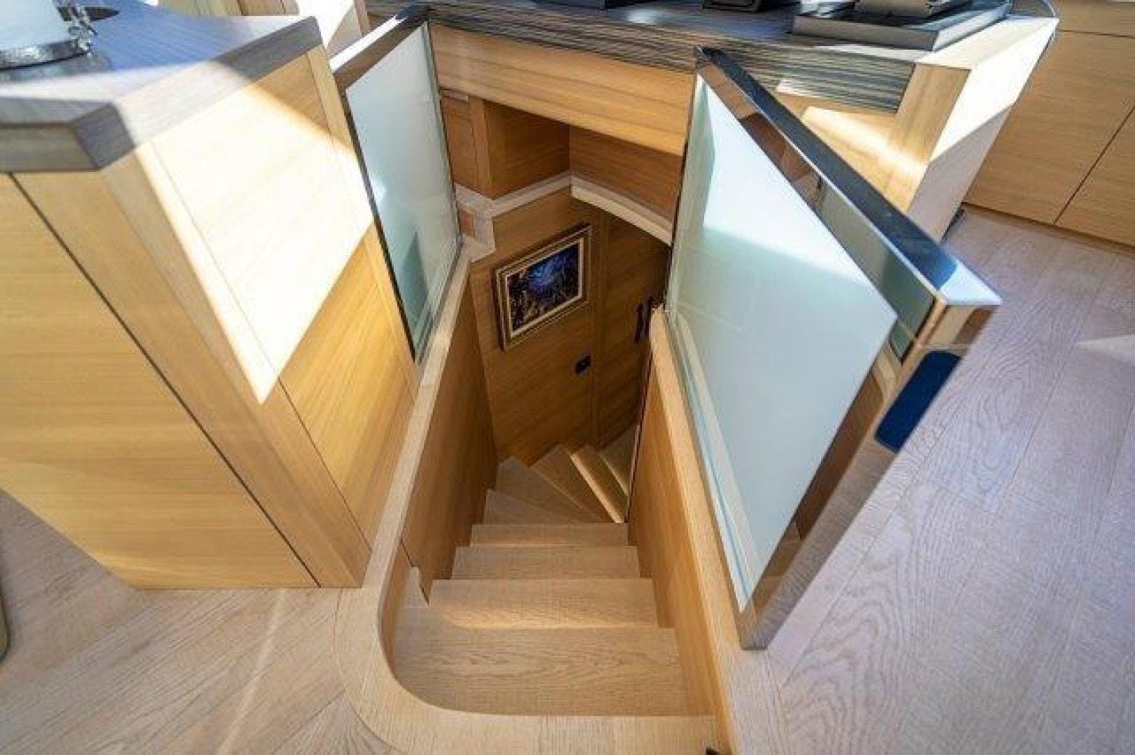 2014 Pershing 92' Motoryacht Neverland | Picture 3 of 52