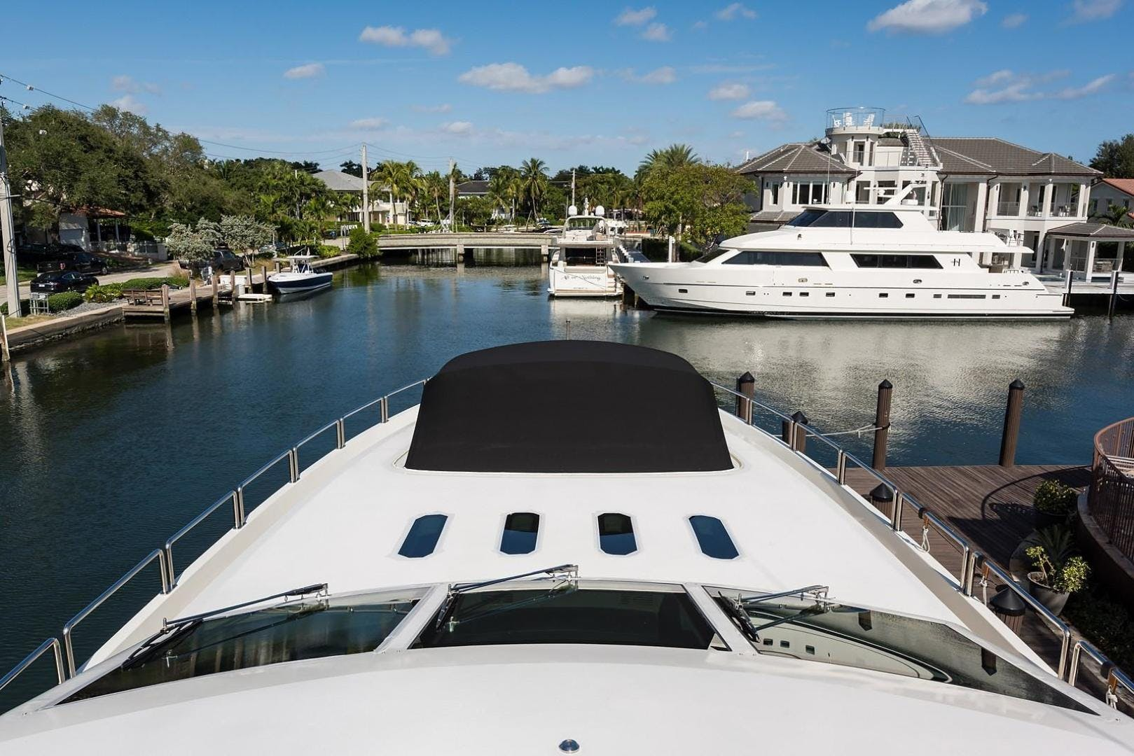 2008 Leopard 112' Motor Yacht 34M Leopard | Picture 7 of 107