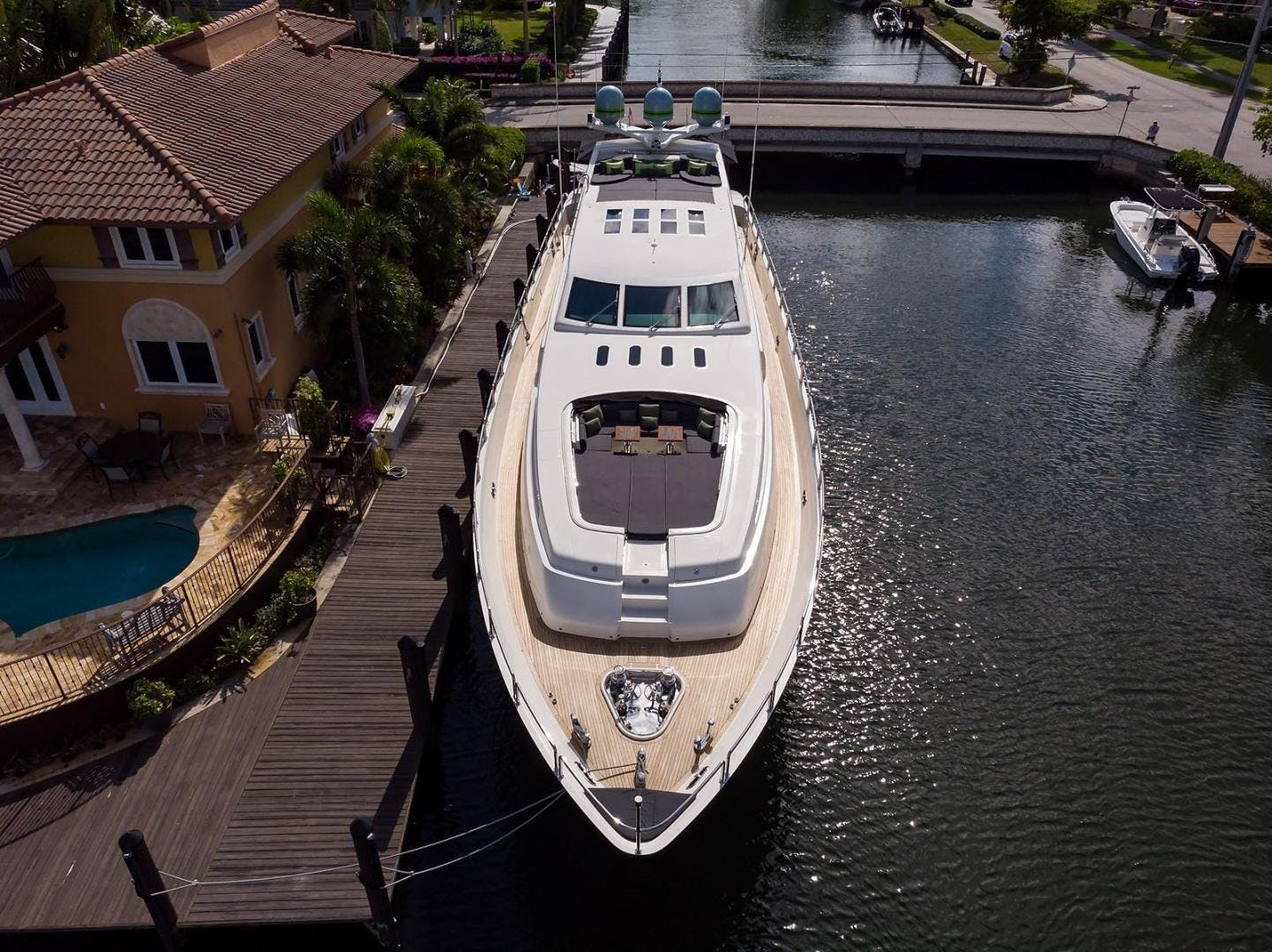 2008 Leopard 112' Motor Yacht 34M Leopard | Picture 6 of 107