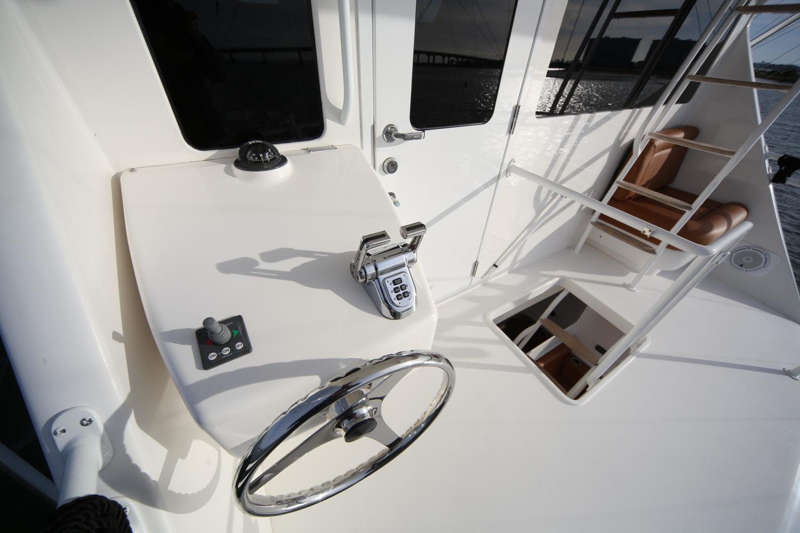 2008 Viking 68' Enclosed Bridge Liquid Apple | Picture 6 of 64