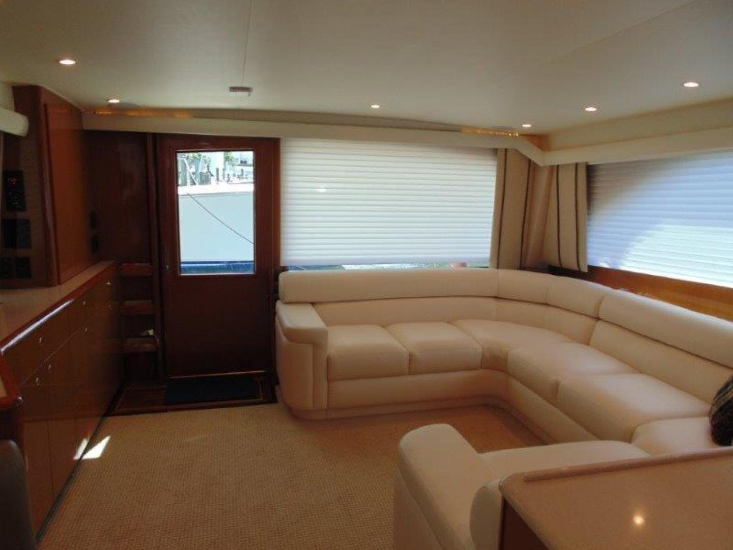 2001 Viking 61' 61 Convertible Duck Soup   Picture 4 of 30