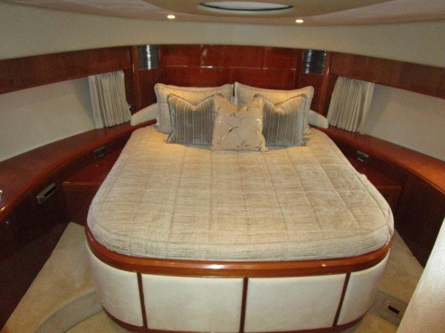 2008 Viking Sport Cruisers 75' 75 Motor Yacht Silver Lining | Picture 4 of 52