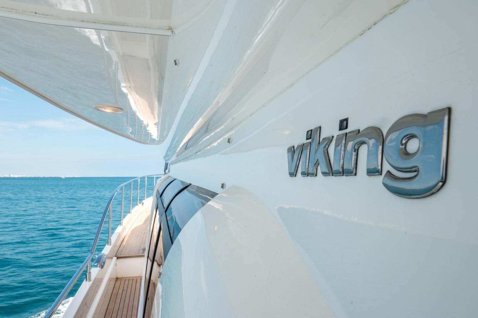 2008 Viking Sport Cruisers 75' 75 Motor Yacht Silver Lining | Picture 5 of 52