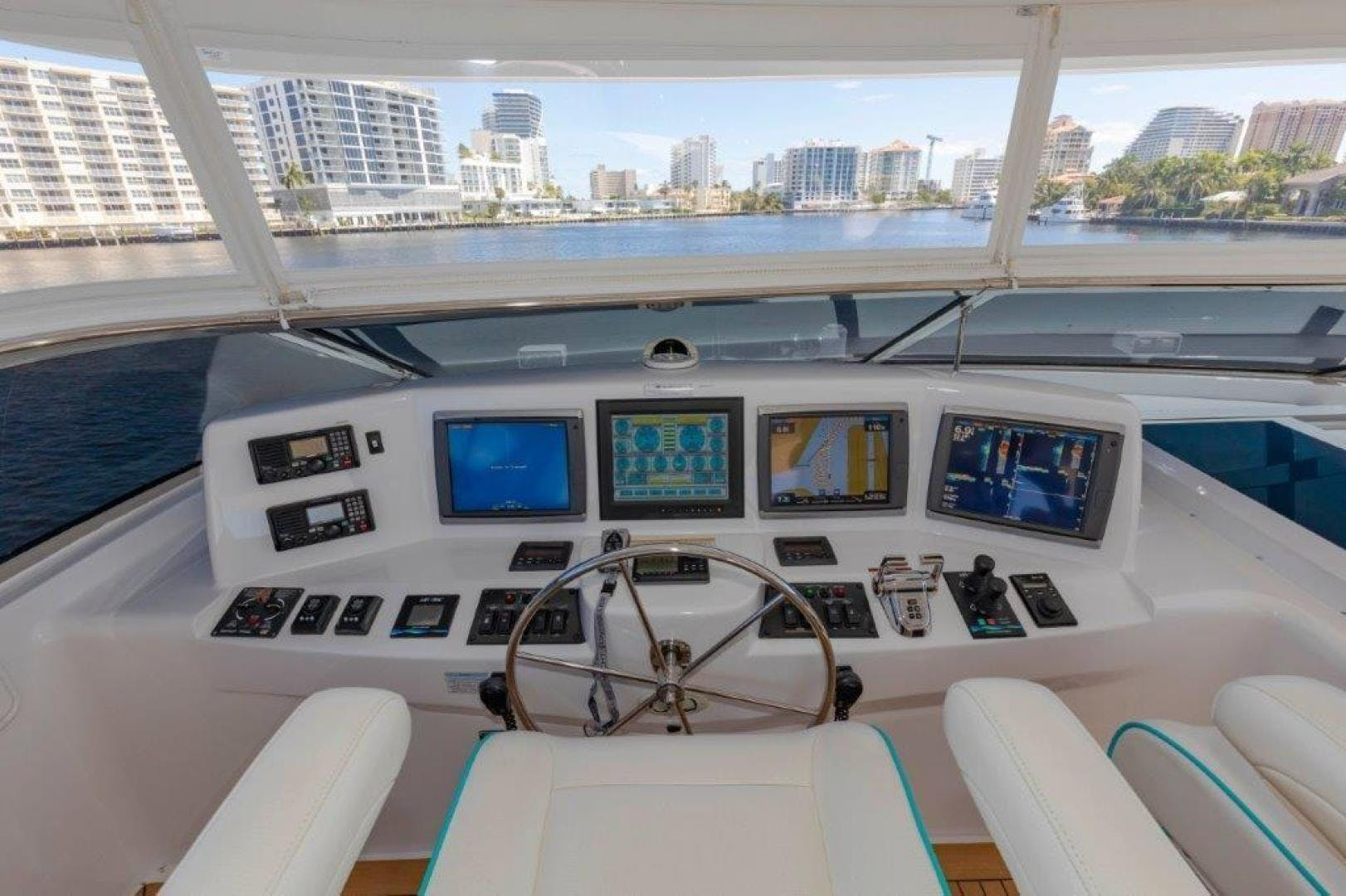 2013 Hatteras 80' Motor Yacht LEXUS LADY | Picture 1 of 42