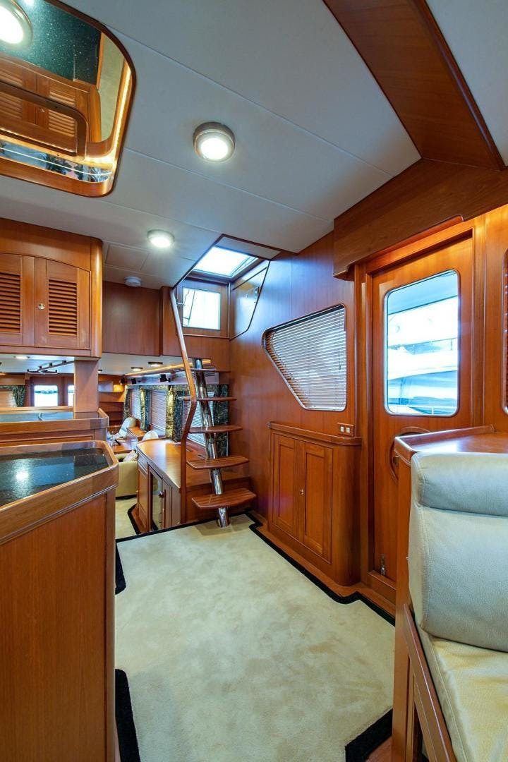 2004 Marlow 70' 70E Sand Piper | Picture 7 of 117
