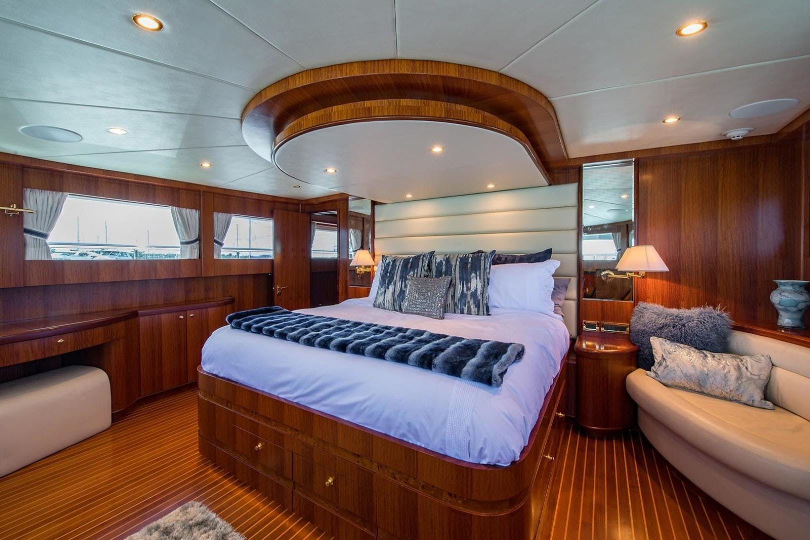 2007 Johnson 87' 87 MOTOR YACHT FITNAUTIC | Picture 6 of 84
