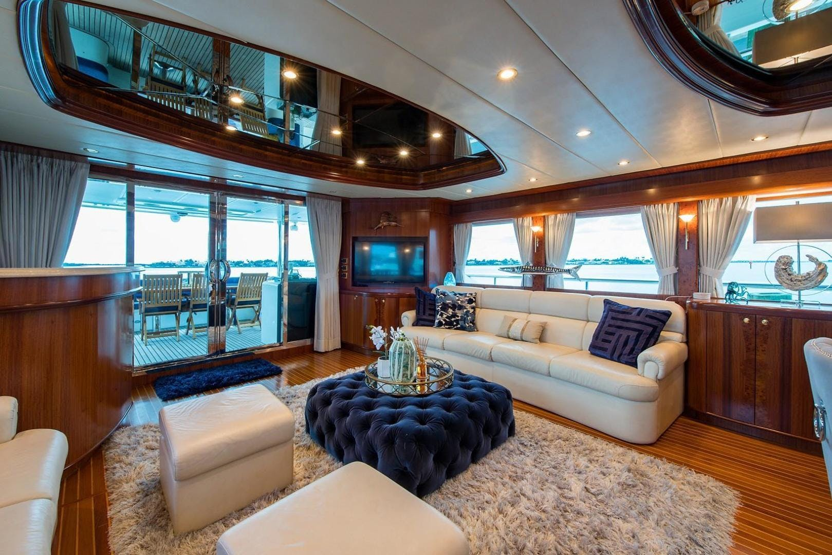 2007 Johnson 87' 87 MOTOR YACHT FITNAUTIC | Picture 3 of 84