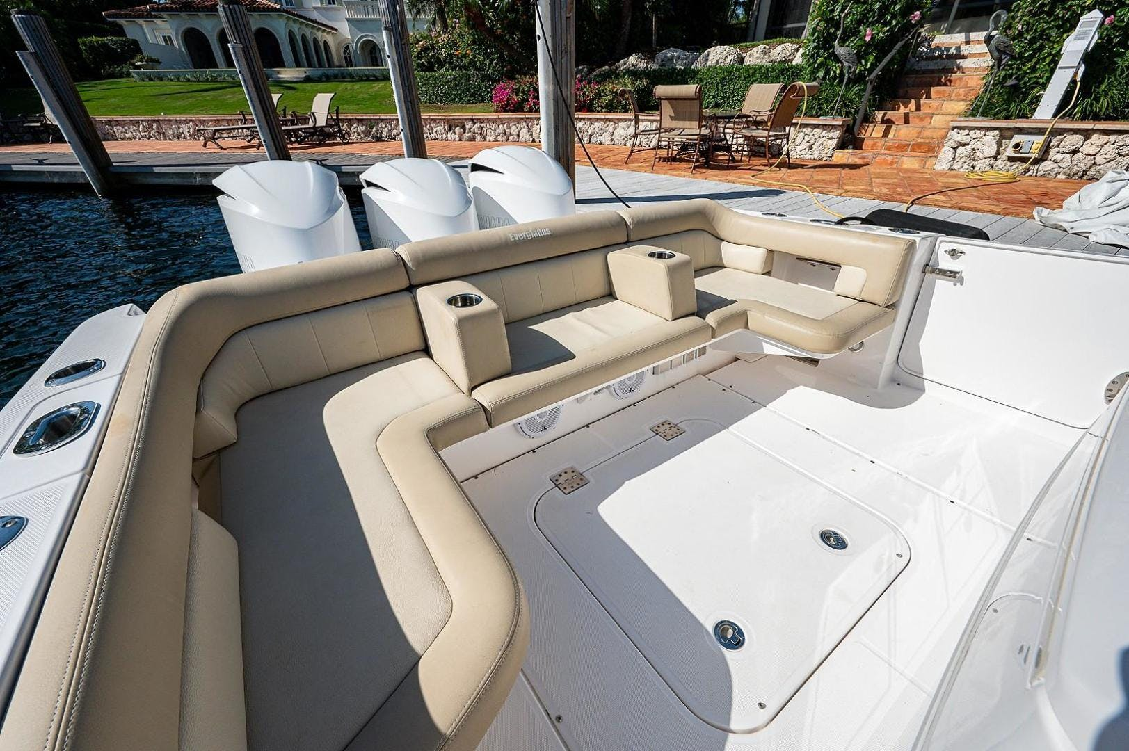 2016 Everglades 36' 360 LXC Jayhawker | Picture 6 of 35