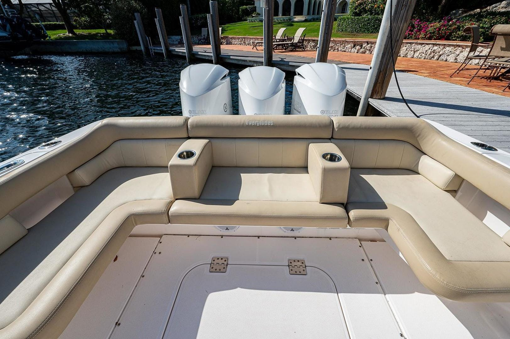 2016 Everglades 36' 360 LXC Jayhawker | Picture 5 of 35
