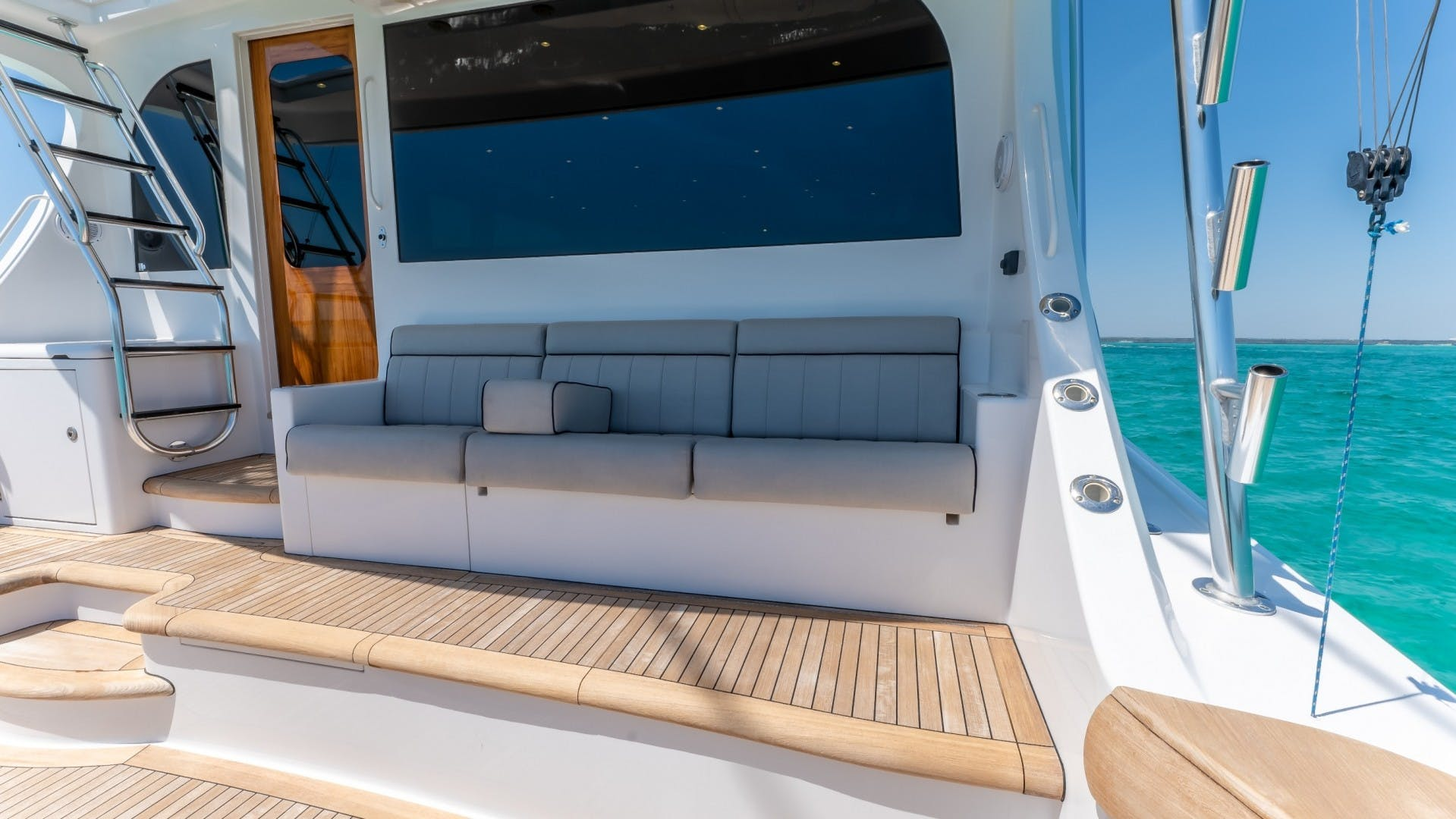 2017 Hatteras 70' GT70 Gear Jammer | Picture 2 of 51