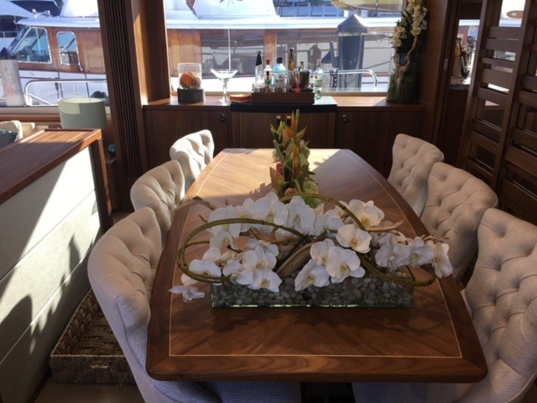2018 Sunseeker 86' 86 Yacht Docqua | Picture 5 of 15