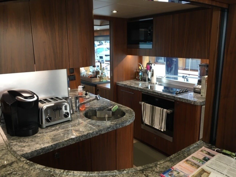 2018 Sunseeker 86' 86 Yacht Docqua | Picture 7 of 15