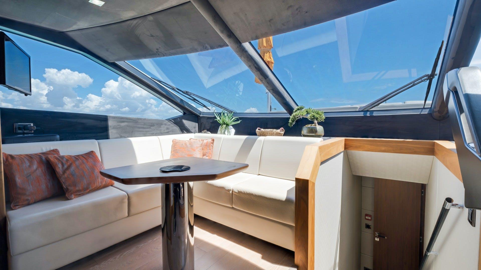 2018 Sunseeker 86' 86 Yacht Docqua | Picture 5 of 43