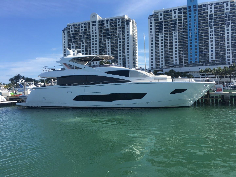 2018 Sunseeker 86' 86 Yacht Docqua | Picture 1 of 15