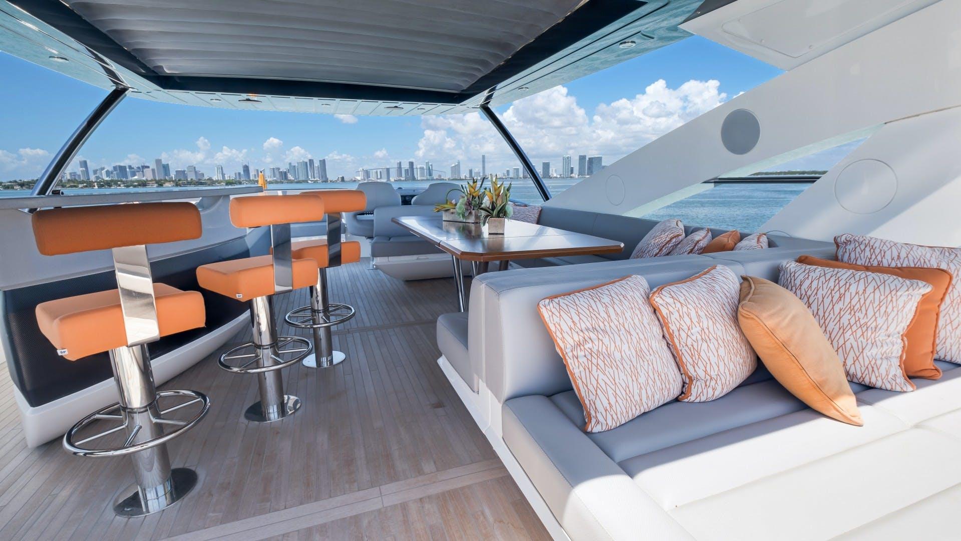 2018 Sunseeker 86' 86 Yacht Docqua | Picture 2 of 43