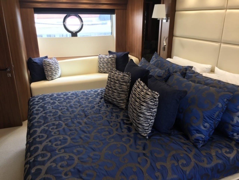 2018 Sunseeker 86' 86 Yacht Docqua | Picture 4 of 15