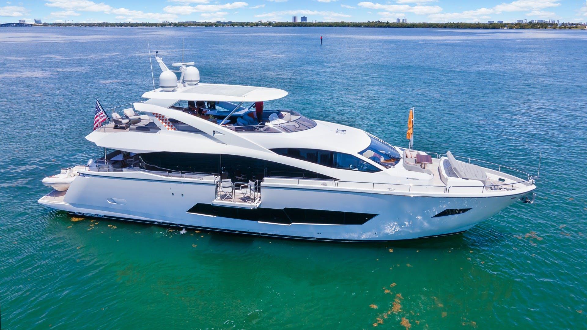 2018 Sunseeker 86' 86 Yacht Docqua | Picture 1 of 43