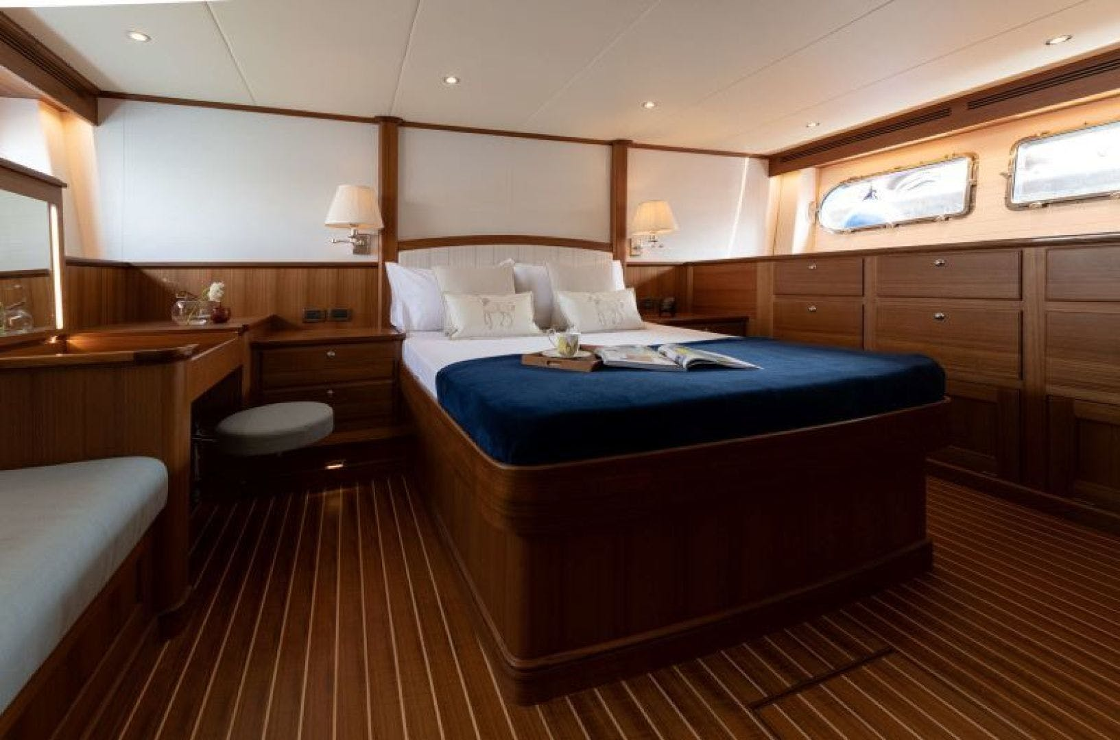 2022 Hunt Yachts 63' Ocean 63 OCEAN 63 | Picture 3 of 8