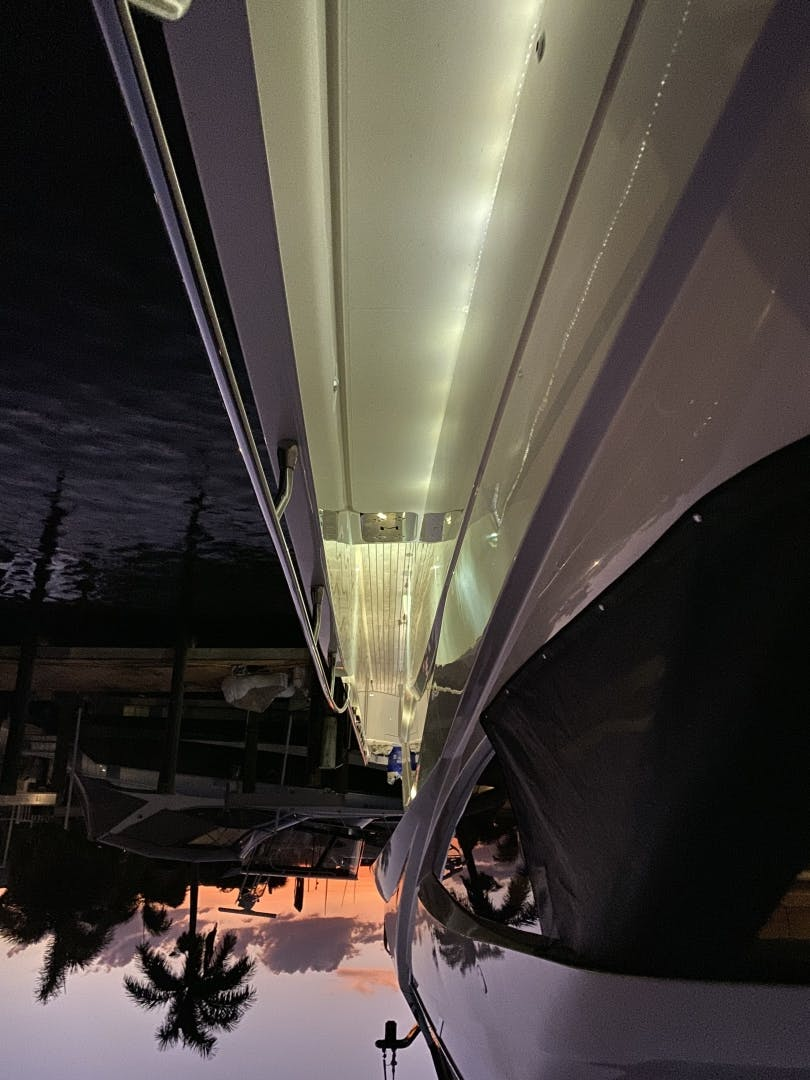 2015 Marquis 72' 72 FLY   | Picture 4 of 129