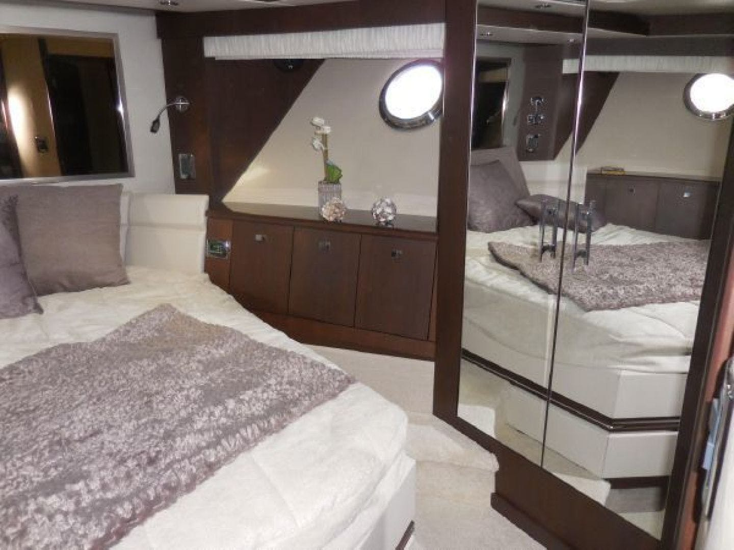 2015 Marquis 72' 72 FLY   | Picture 5 of 129