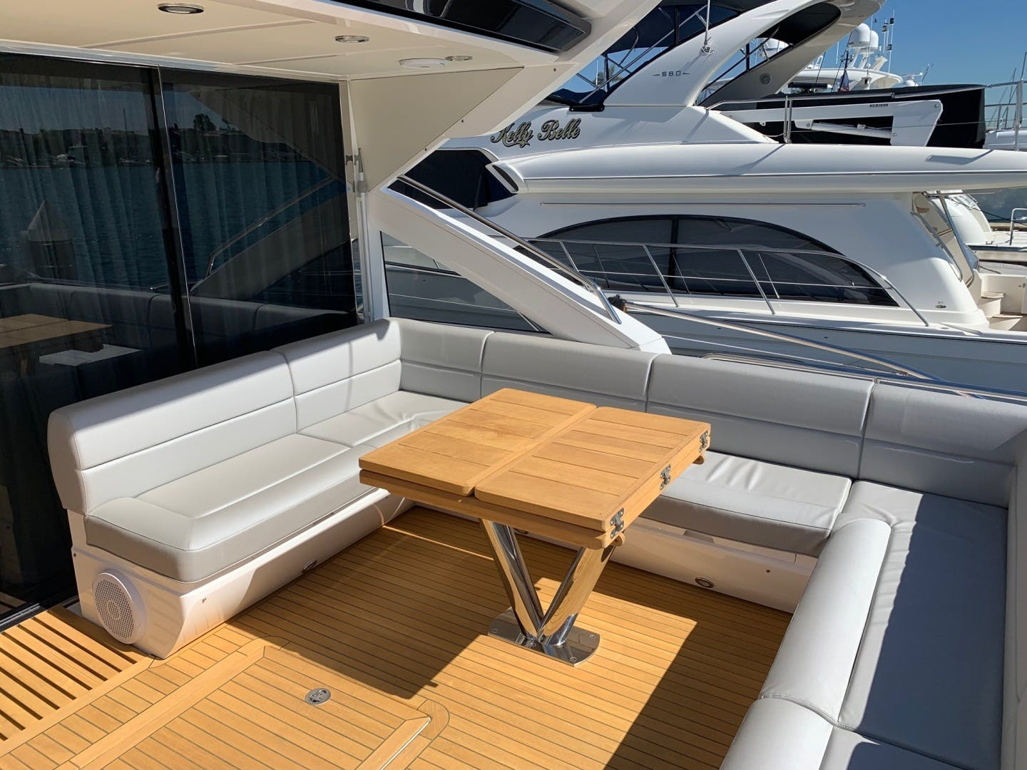 2017 Sunseeker 68' Predator Piece Of Ship | Picture 5 of 41