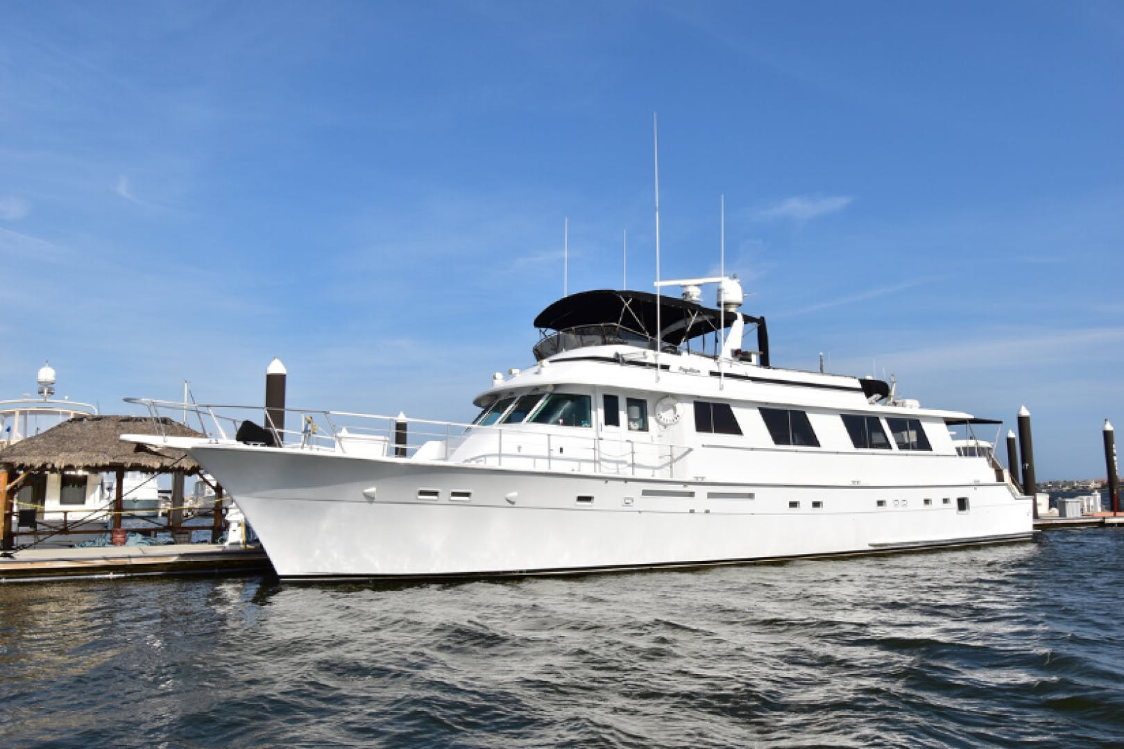 1985 Hatteras 82' 82 Cockpit Motor Yacht Papillon | Picture 1 of 43