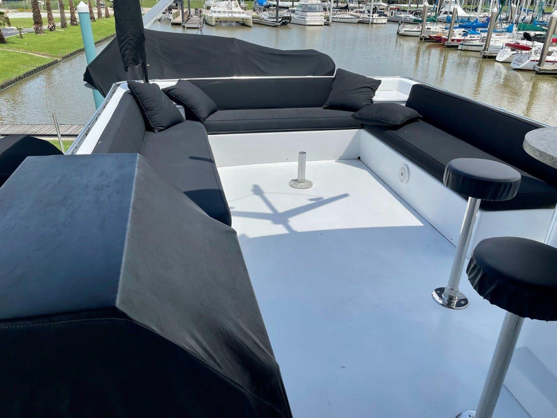 1985 Hatteras 82' 82 Cockpit Motor Yacht Papillon | Picture 5 of 51