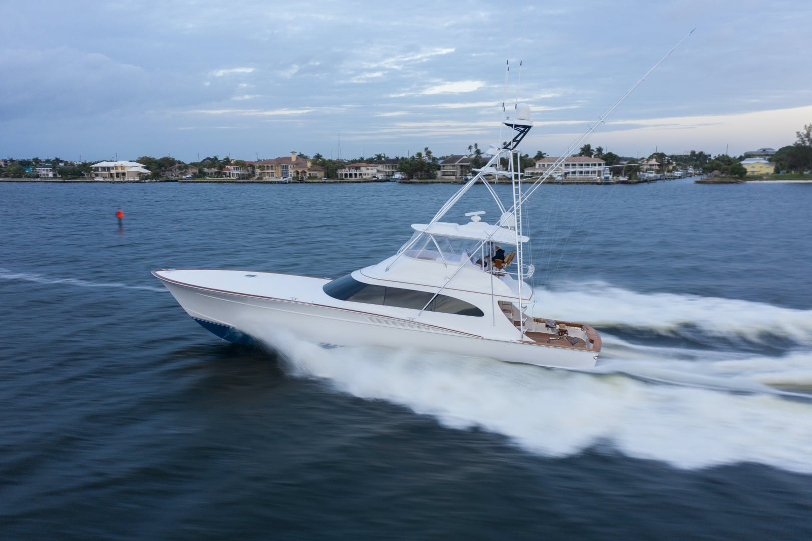 2015 Spencer 69' Convertible Da Bait | Picture 2 of 35