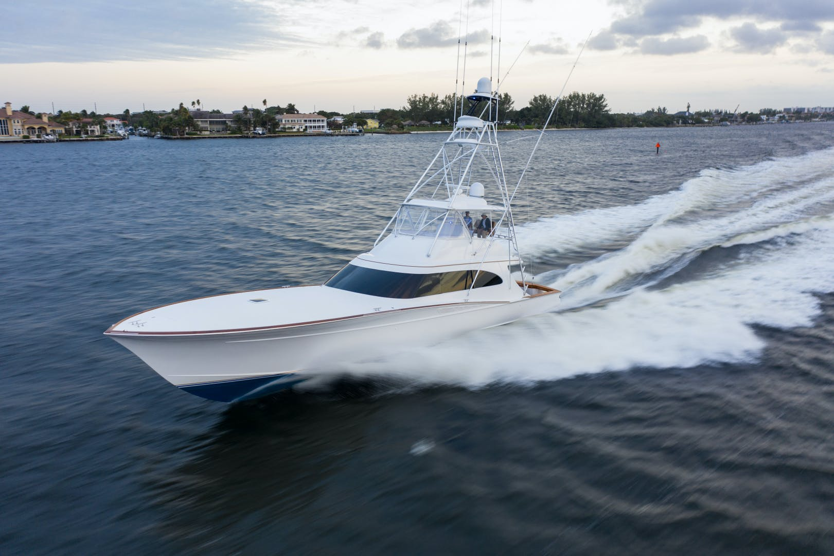 2015 Spencer 69' Convertible Da Bait | Picture 8 of 35