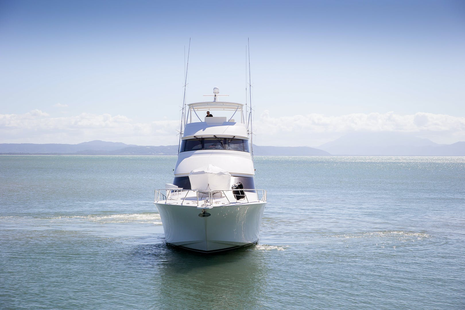 2012 Viking 76' 76 Enclosed Skybridge Reel Power | Picture 3 of 62