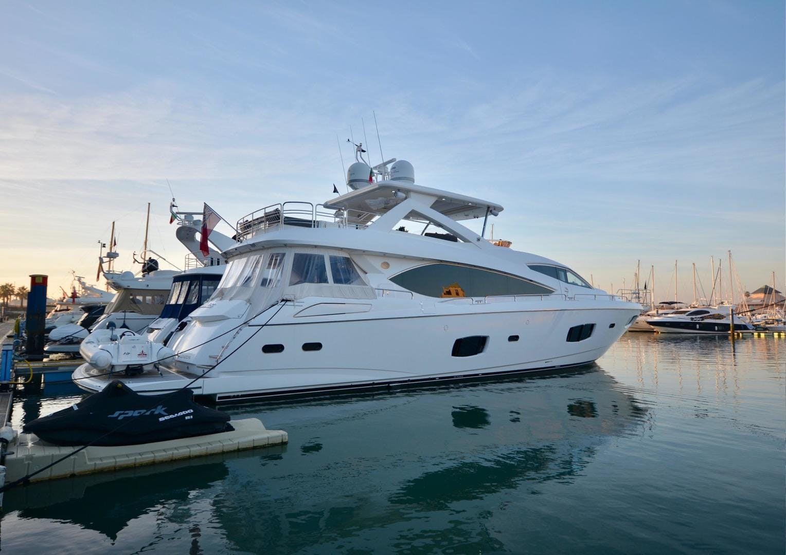 2011 Sunseeker 88' Flybridge Motor Yacht EXIMIUS | Picture 3 of 30