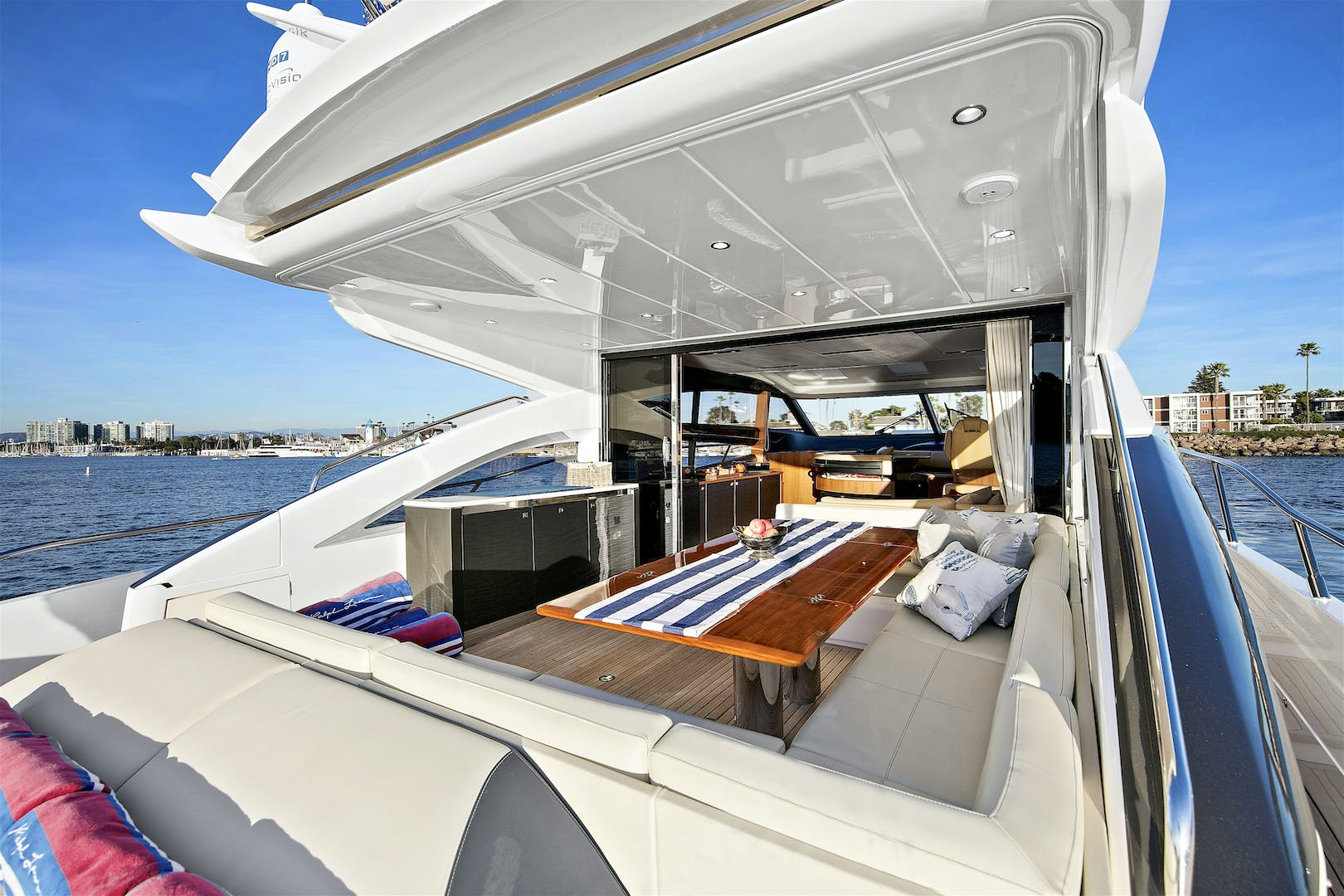 2014 Princess 72' V72 BREATHLESS | Picture 1 of 34