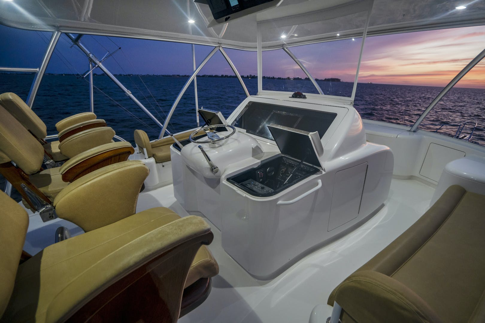 2014 Viking 62' 62 Convertible Mixer | Picture 6 of 100