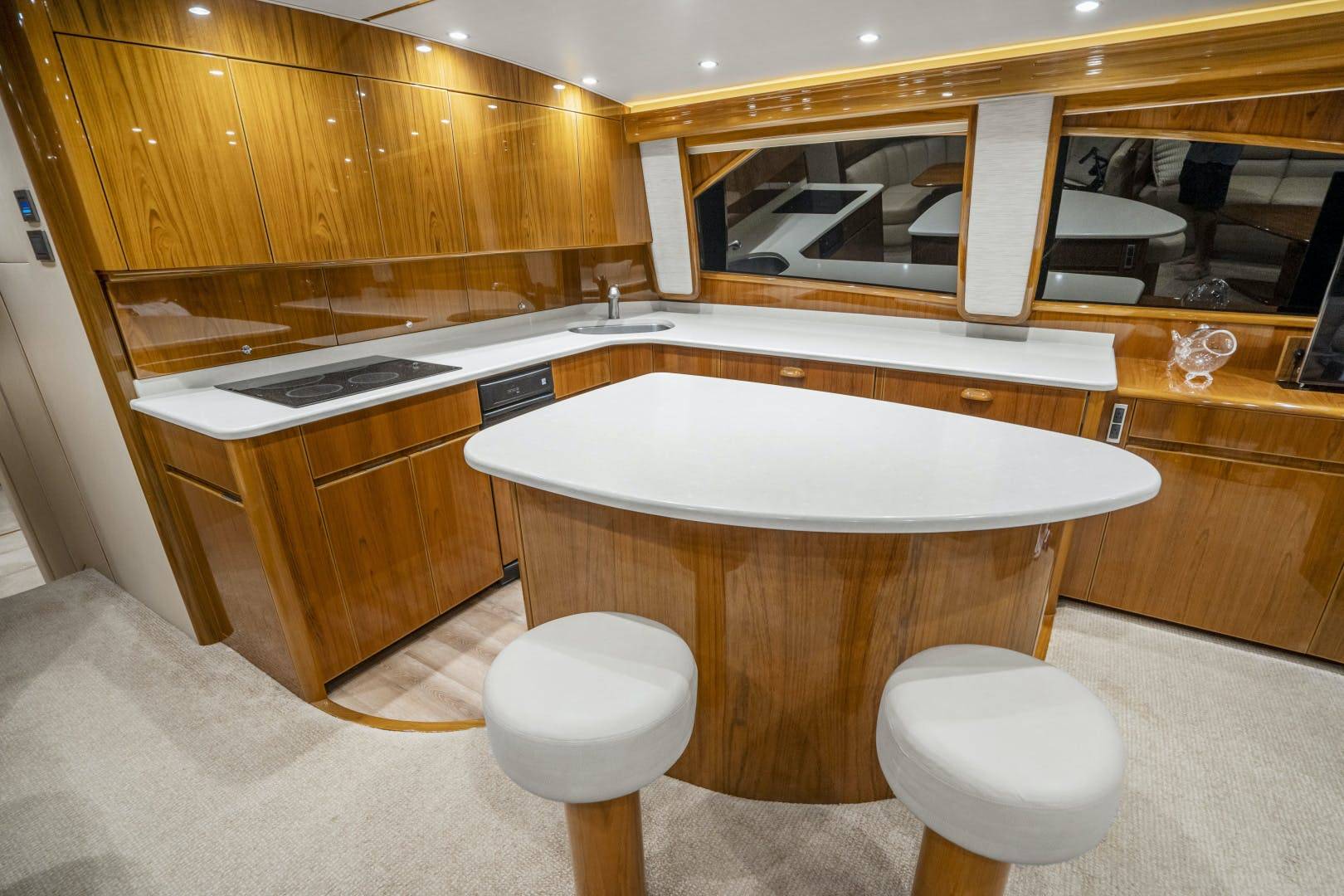 2014 Viking 62' 62 Convertible Mixer | Picture 7 of 100
