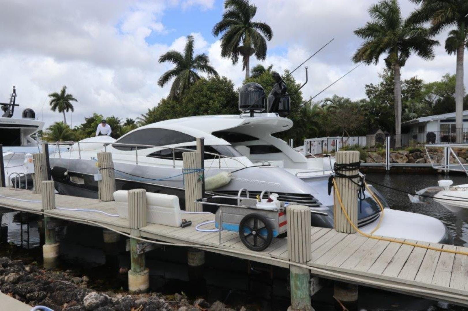 2004 Pershing 50' Express    Picture 7 of 52