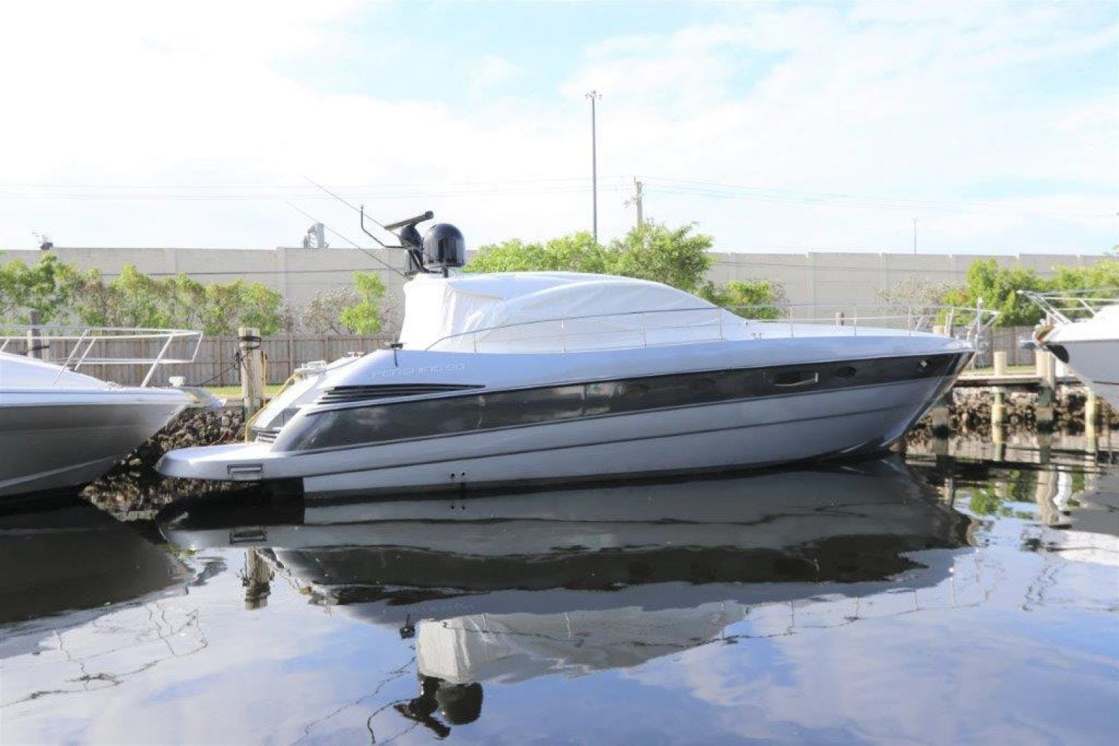 2004 Pershing 50' Express    Picture 4 of 52