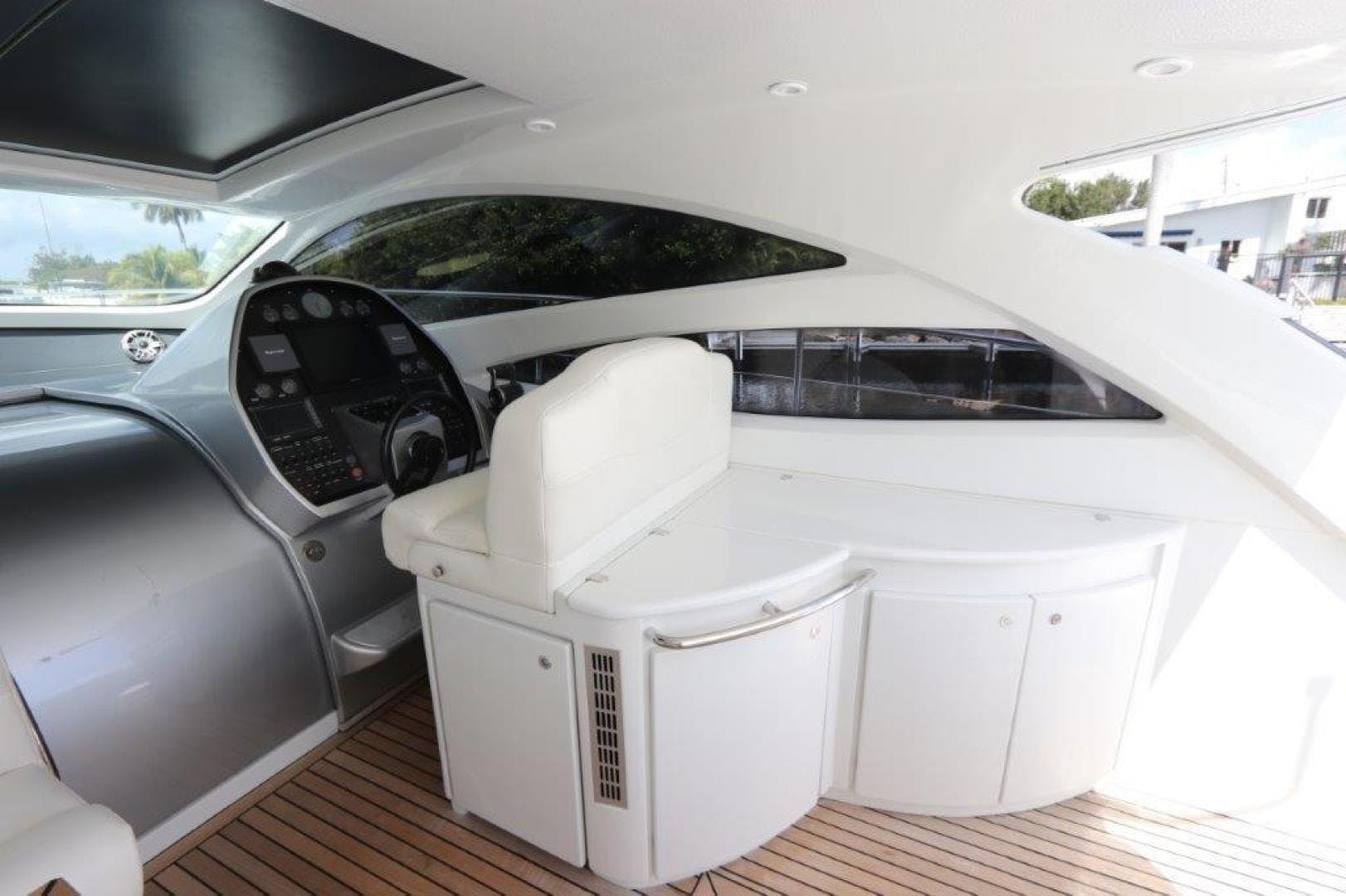 2004 Pershing 50' Express    Picture 3 of 52