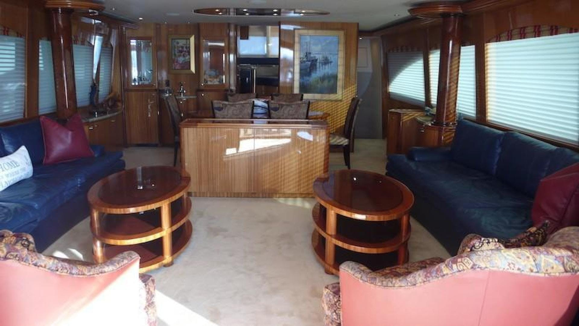 2005 Hatteras 80' Sky Lounge Motor Yacht SECOND GENERATION   Picture 1 of 69