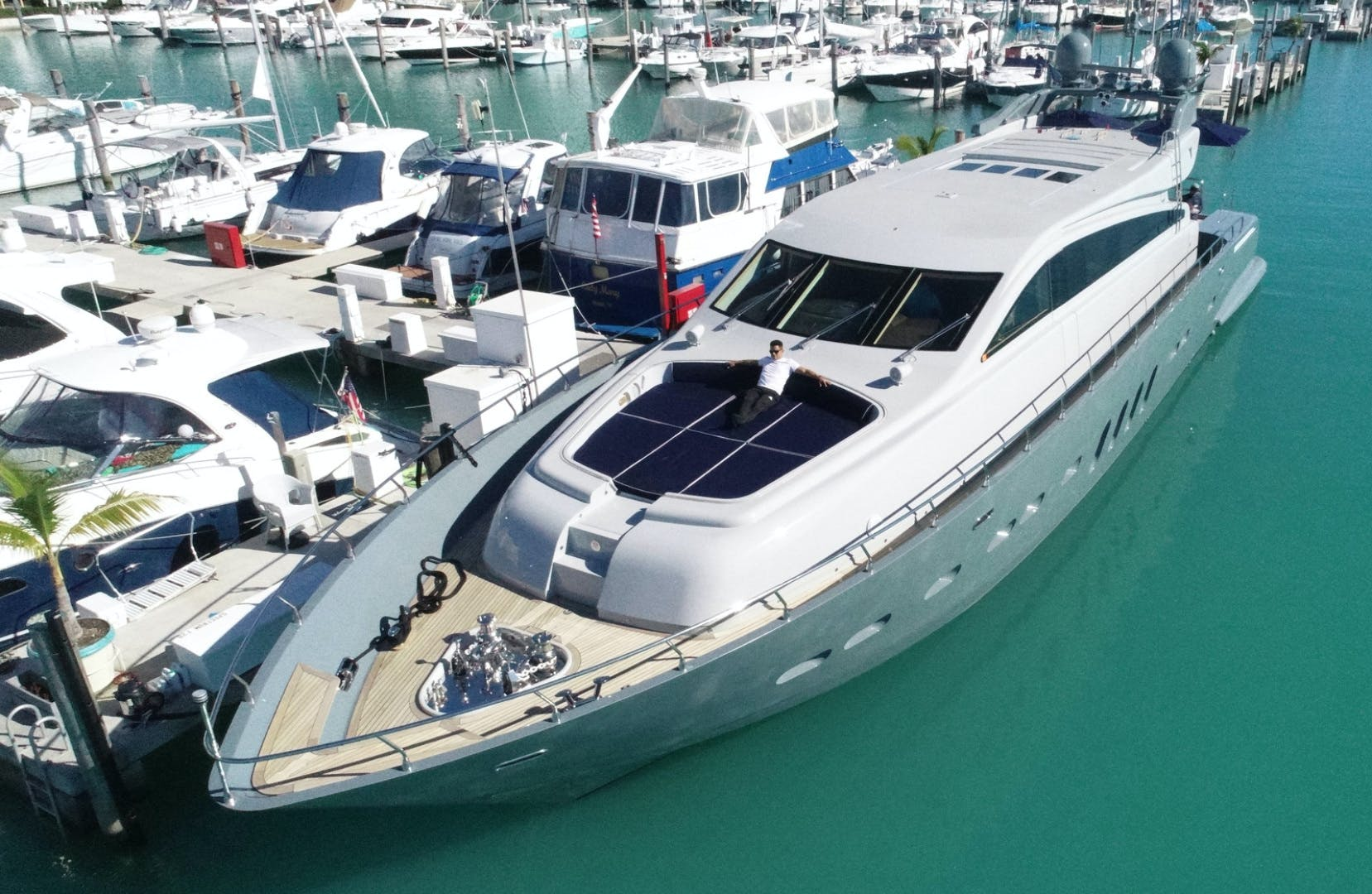 2007 Leopard 101' Motor Yacht Veloce | Picture 8 of 73