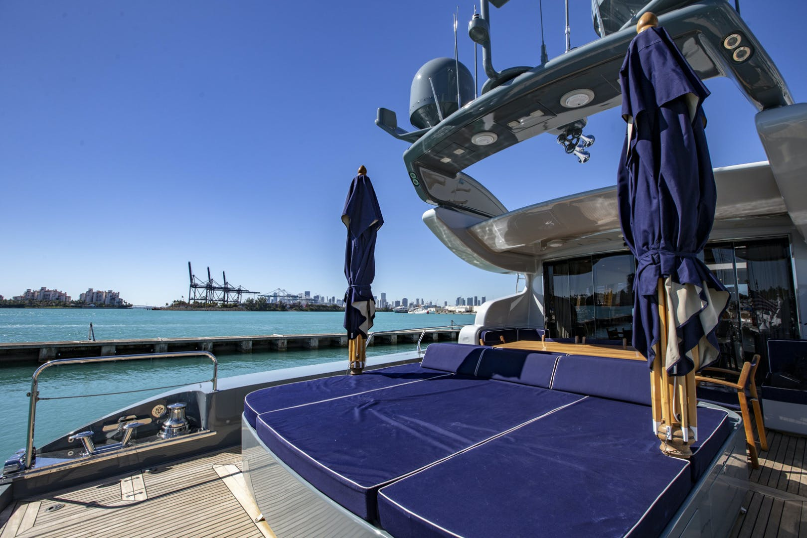 2007 Leopard 101' Motor Yacht Veloce | Picture 3 of 73