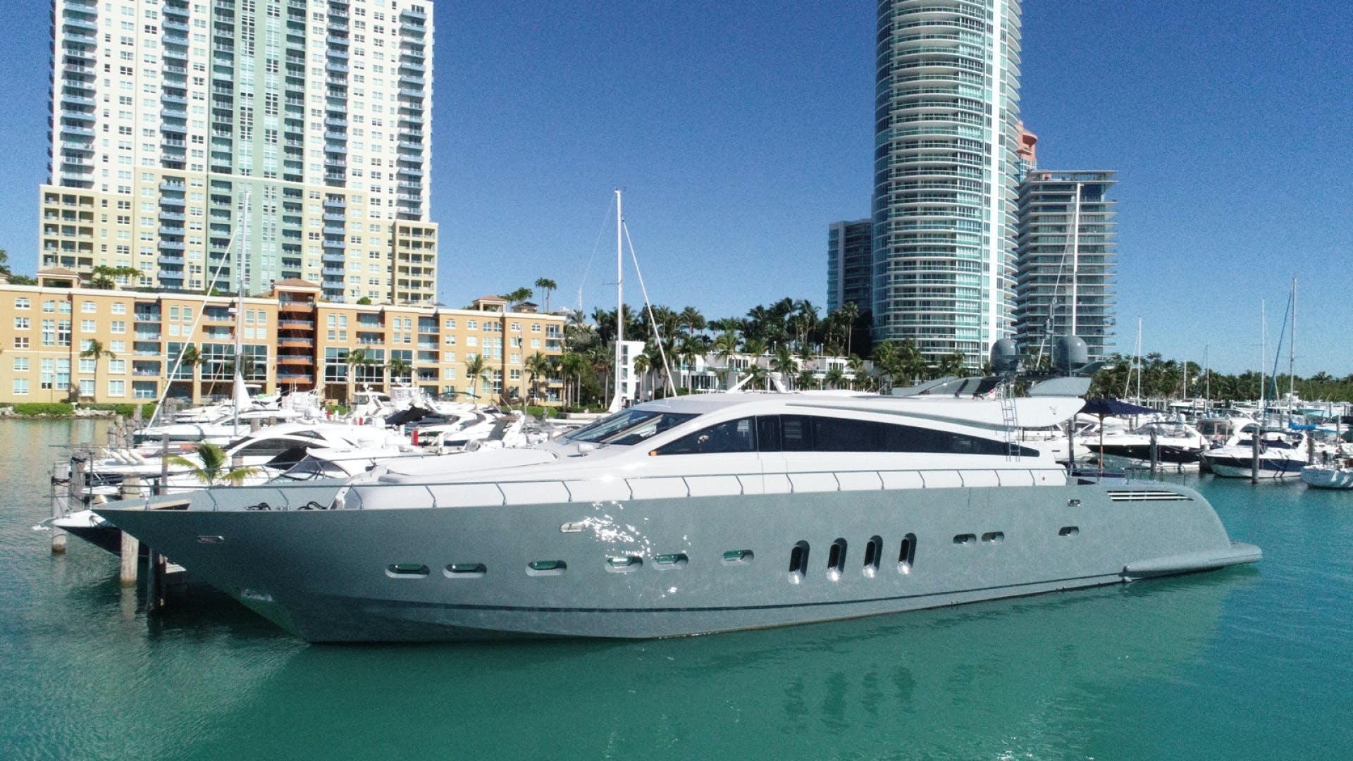 2007 Leopard 101' Motor Yacht Veloce | Picture 4 of 73