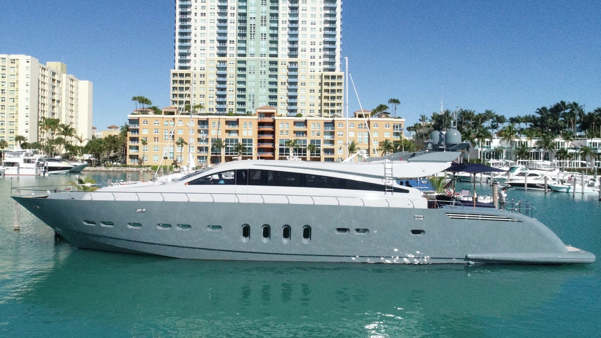 2007 Leopard 101' Motor Yacht Veloce | Picture 1 of 73