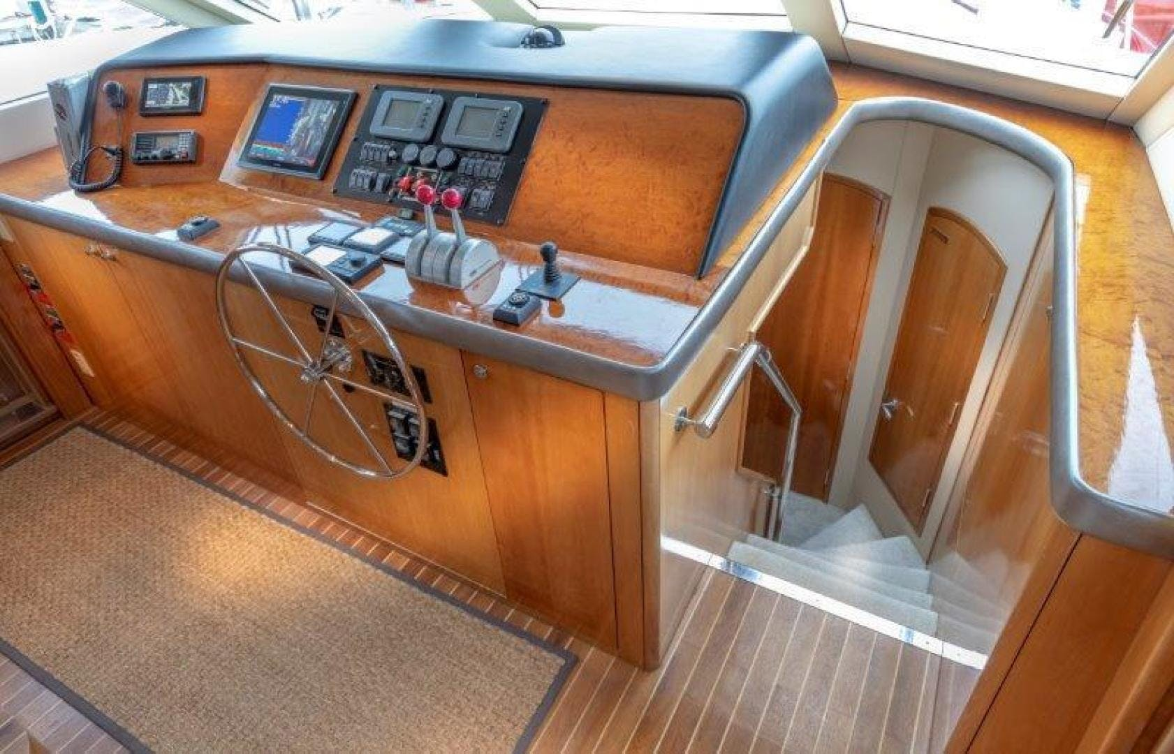 2003 Hatteras 75' Cockpit Motoryacht VICTORY LANE | Picture 2 of 51