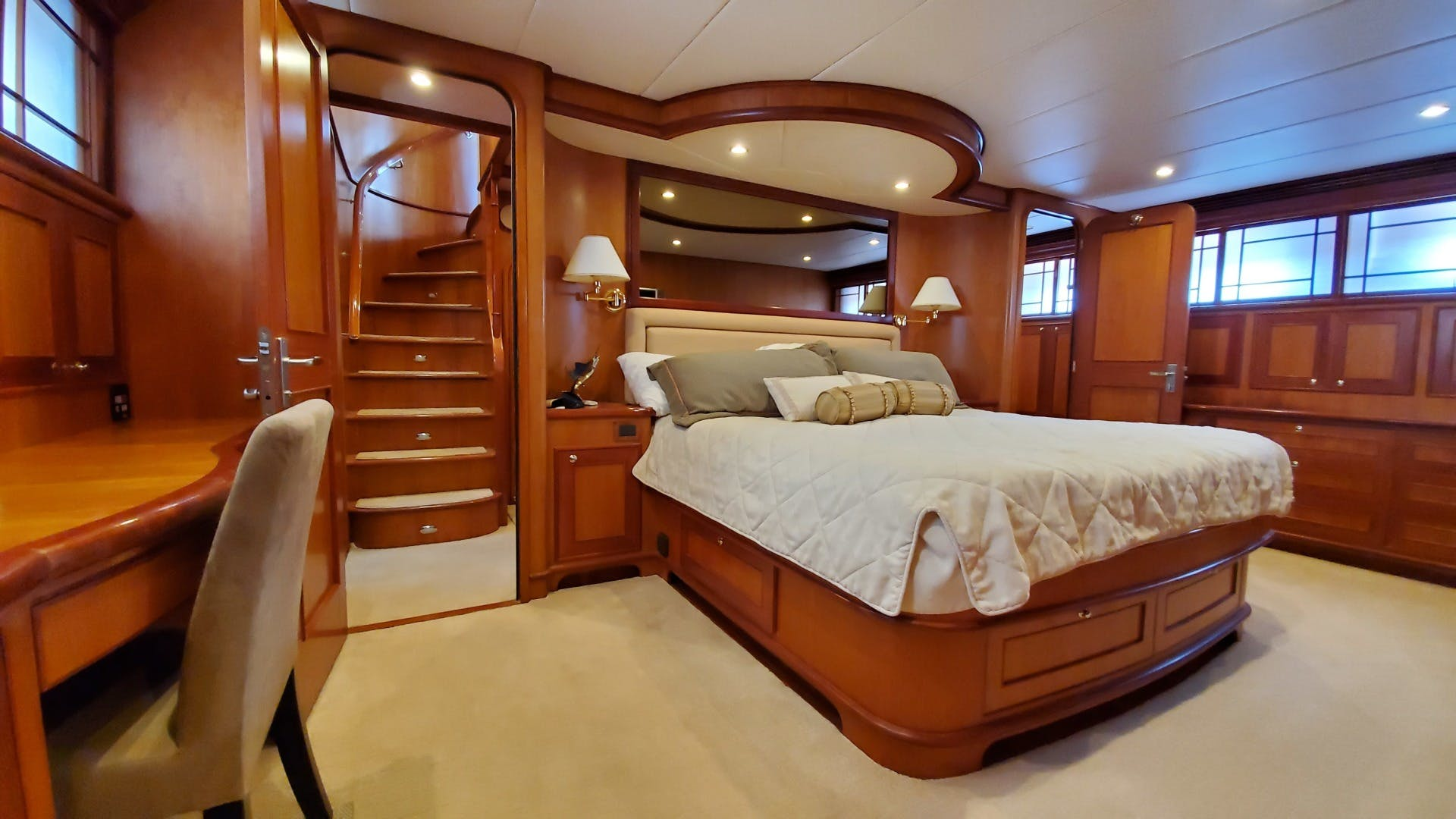2005 Outer Reef Yachts 75' 730 MY LION'S SHARE | Picture 6 of 57