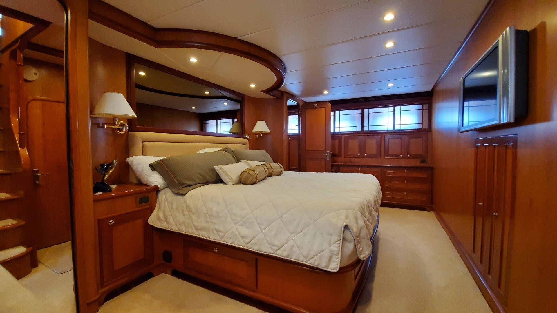 2005 Outer Reef Yachts 75' 730 MY LION'S SHARE | Picture 7 of 57