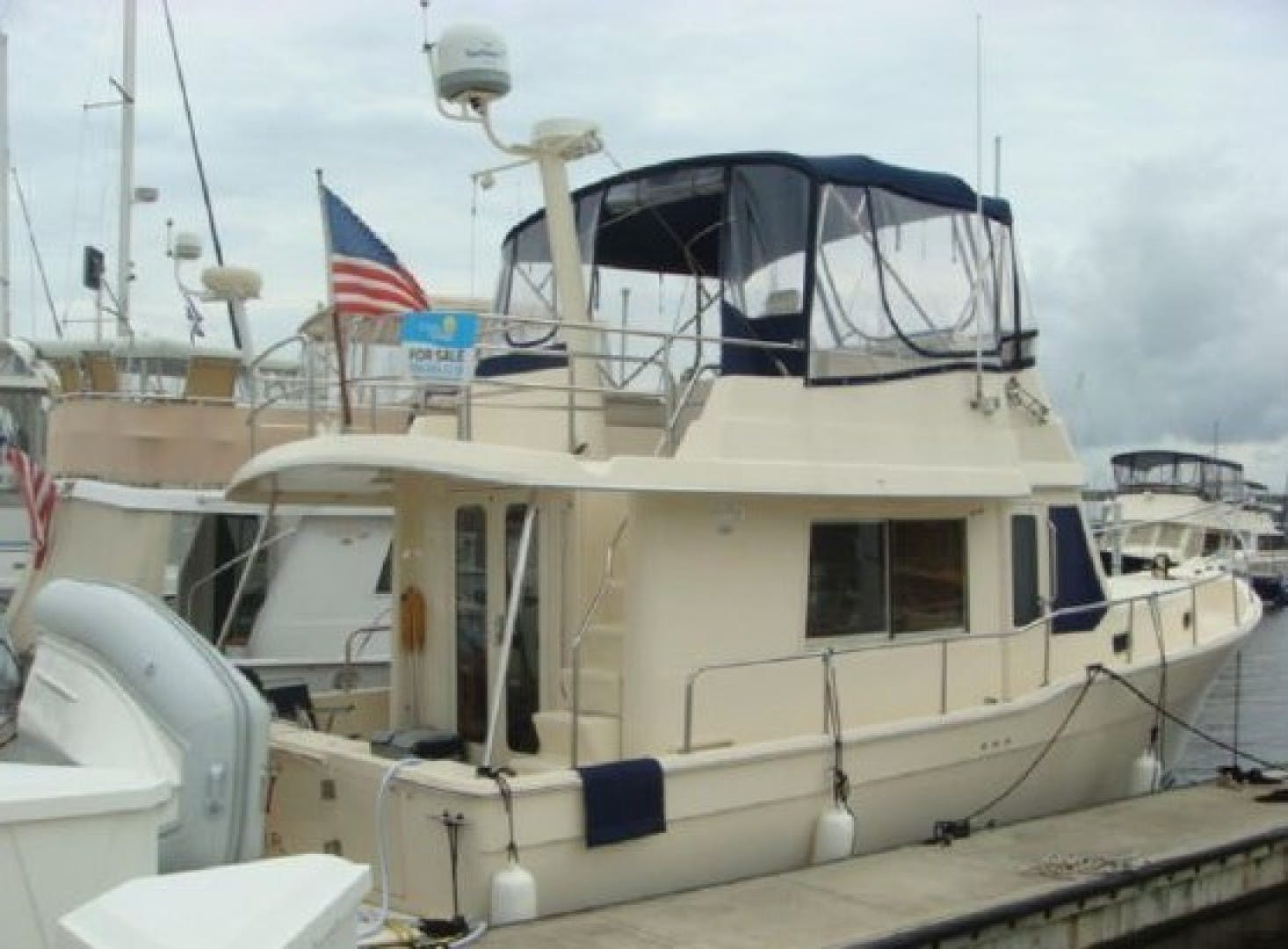 2005 Mainship 34' 34  Wind In The Face IV | Picture 7 of 61